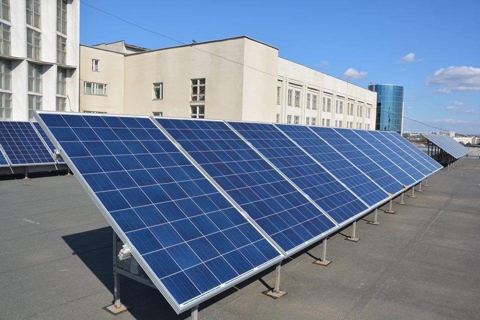 Сонячна електростанція ХНУМГ